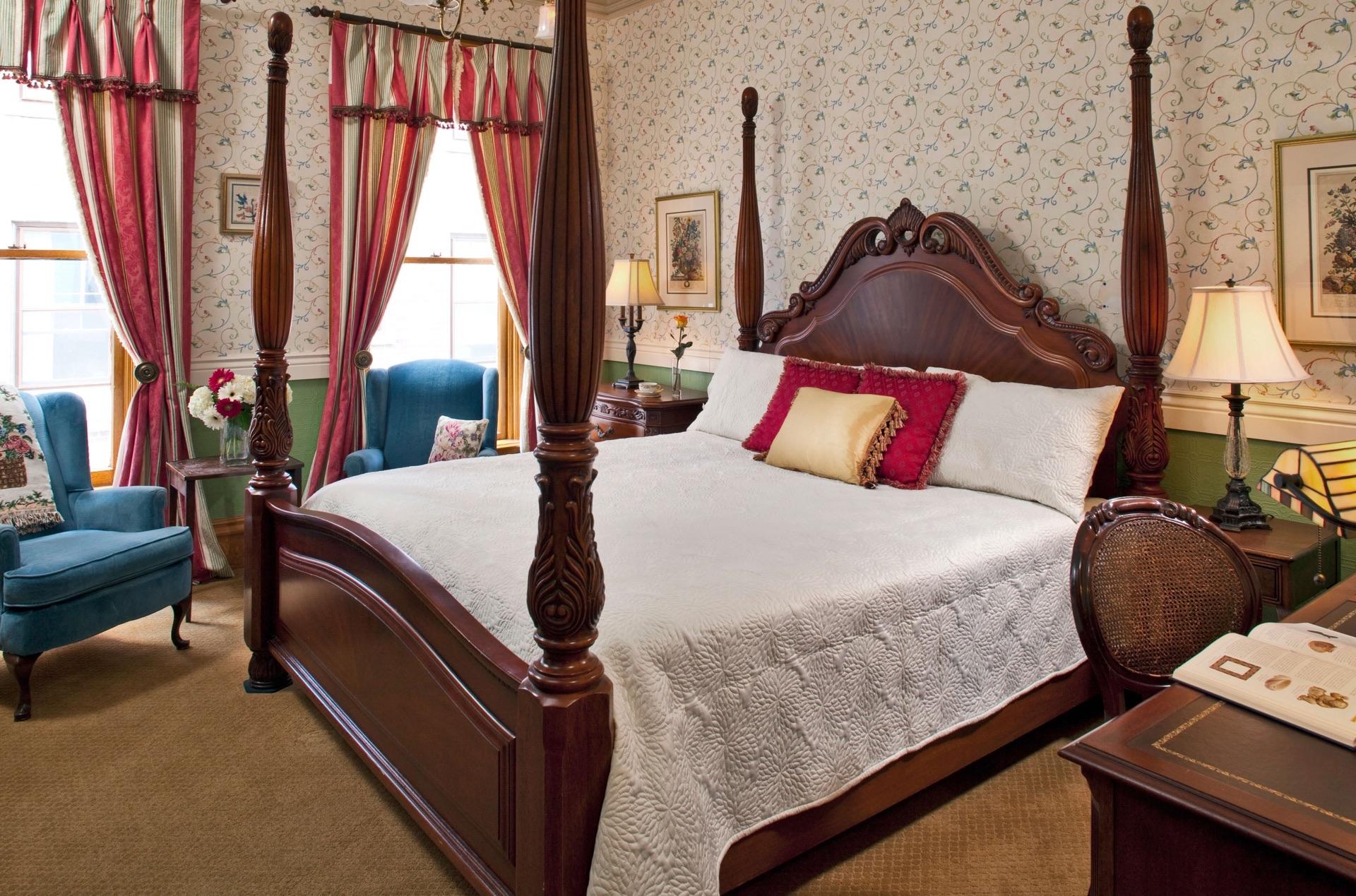 romantic hotels in kalamazoo mi the kalamazoo house bed. Black Bedroom Furniture Sets. Home Design Ideas