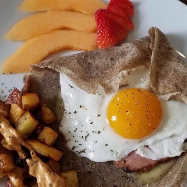 A breakfast at Judson Heath Colonial Inn.