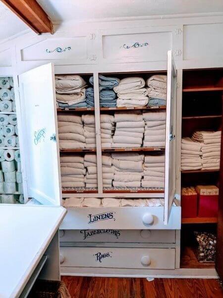 Laundry room at Glen Arbor B&B