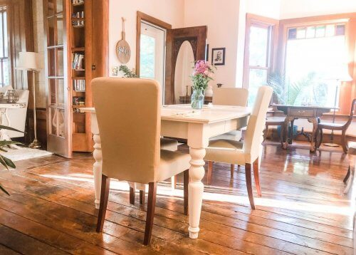 Dining tables at Bellaire B&B.